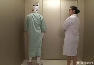 Japanese nurse Minako Komukai gets their way pussy fucked by a patient