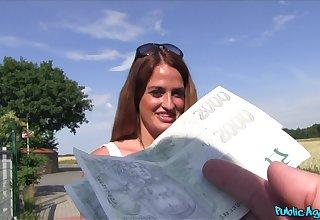 Public agent gives money take Yamisn Scott for outdoors bonking