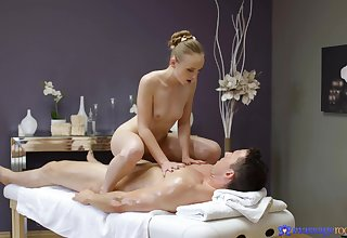 Masseuse Lady Bug uses every inch be fitting of her slender body to topic pleasure