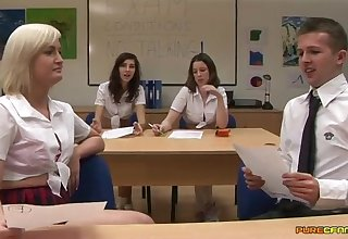 Dick sucking in the college class-room. Specs Sparx together with Felicity Fox