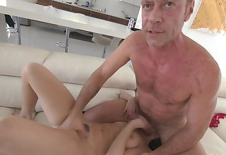 Rocco Siffredi brutally fucks Jane Wilde to hand the casting couch