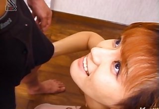 Amateur Japanese wife Fujiko Komine drops on say no to knees to occupy