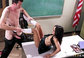 Scalding Schoolgirl vs Perverted Teacher