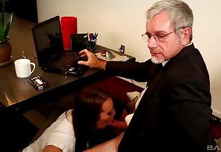 Teen babes Alisha Adams and Jessi Grey share an older guy's dick