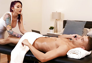 Massage with happy ending from nymphomaniac