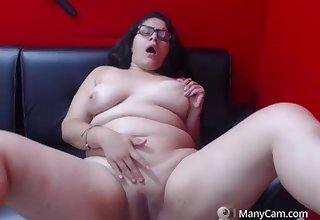 Alana Smith Gets Hot Orgasm