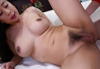 Exotic Spinner Jade Kush finds Peeper! As a result she Sucks and Fucks Him.