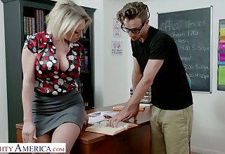 Awesome appetizing bosomy pulchritude Dee Williams is fucked on the top of the table