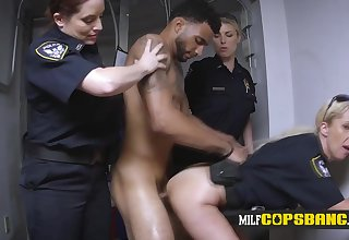 Hot mother I´d find agreeable to fuck harpy in cop uniform