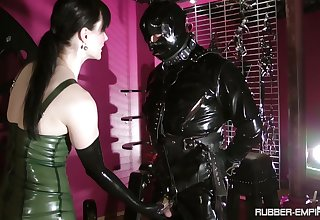 Black latex on Cheyenne de Muriel's body makes this dude hornier than ever