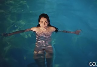 Evelyn Claire goes for a unconcealed swim and gets fucked by a stranger
