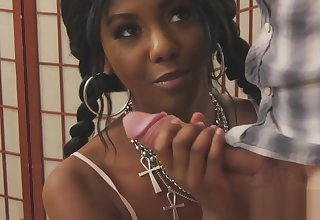 Two swinging both ways guys screwing beautiful ebony babe Daizy Cooper